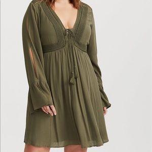 TORRID Autumn Green Slashed Sleeve Dress